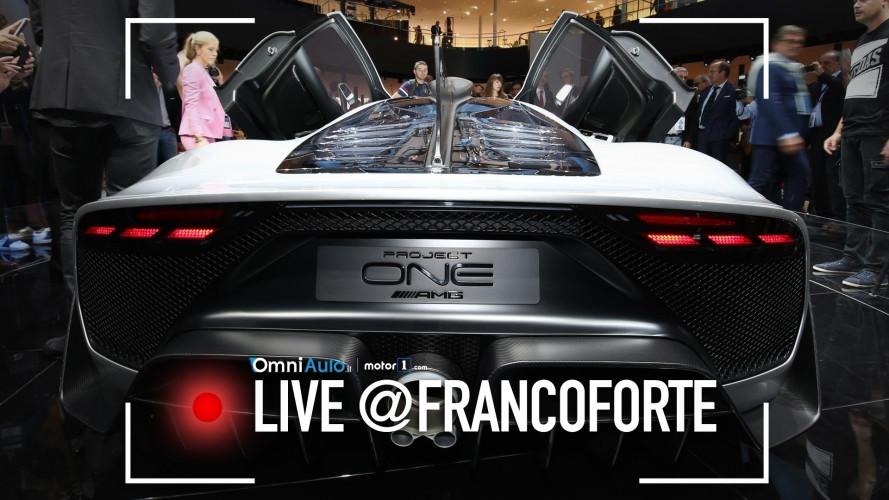 Mercedes-AMG Project One, anche dal vivo profuma di Formula 1 [VIDEO]