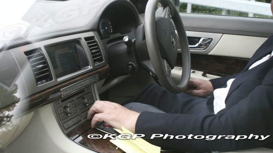 SPY PHOTOS: Jaguar XF Interior Uncovered