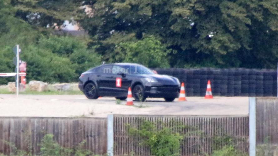 Porsche - Un SUV peut en cacher un autre