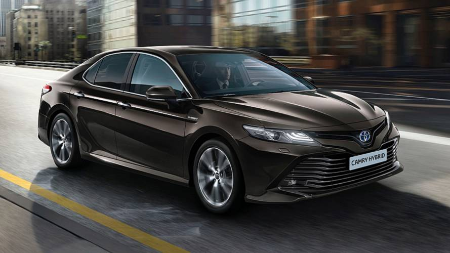 Toyota Camry Replaces Avensis In Europe