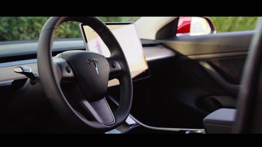 Tesla Model 3'ün yeni videosunu yayınladı