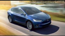 Tesla Model X, il SUV elettrico che fa 400 km [VIDEO]