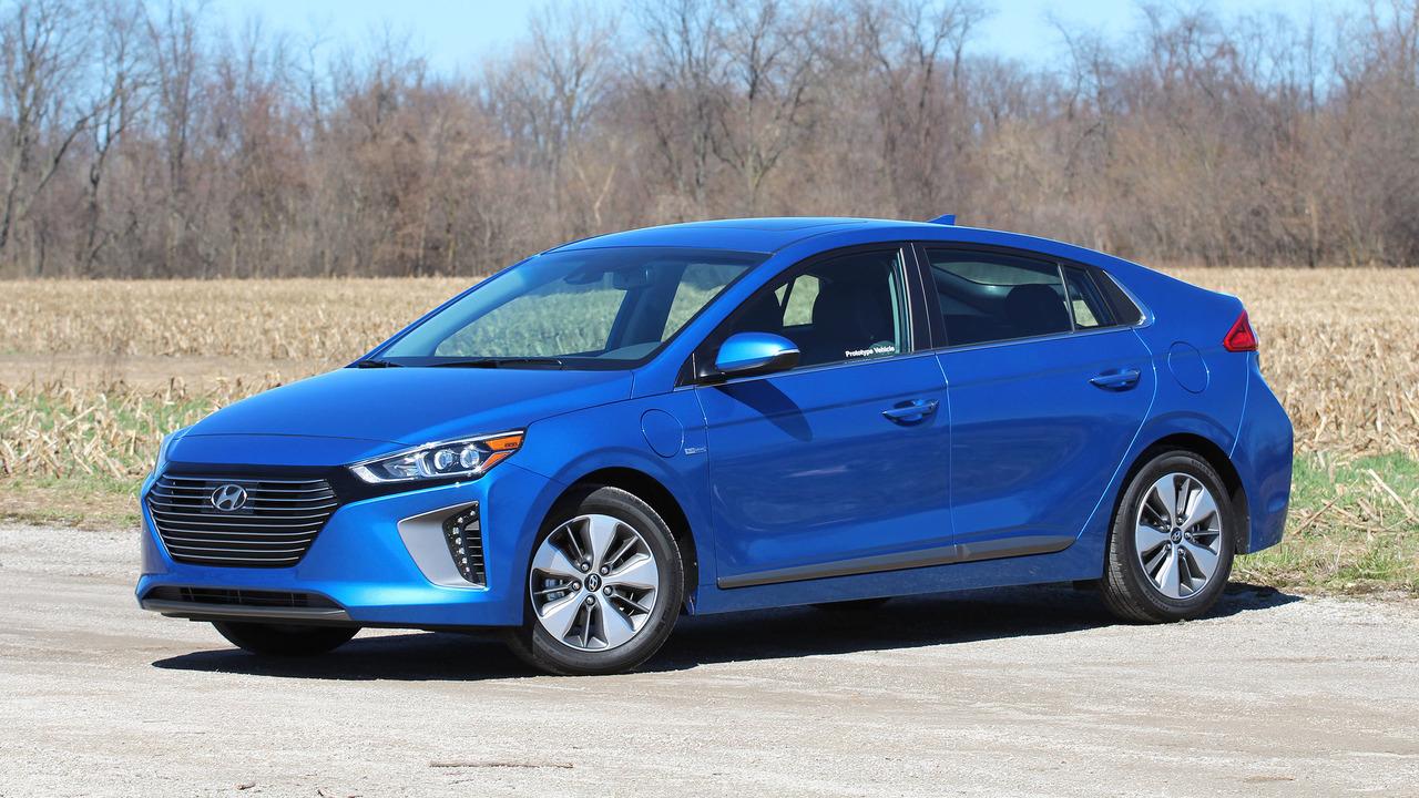 2018 Hyundai Ioniq Plug-In Prototype Review: Move Over, Prius