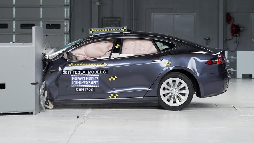 Tesla Model S Misses Top Safety Pick+ In Latest Crash Test of 6 Large Cars