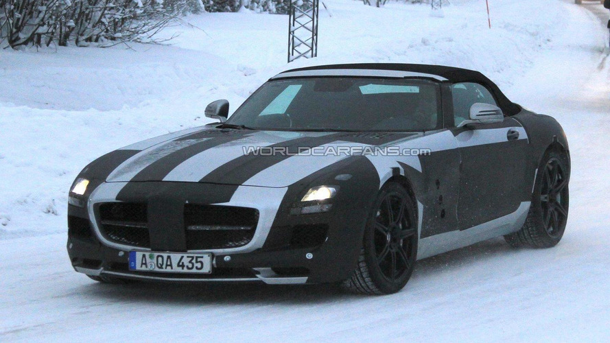 Mercedes-Benz SLS AMG Roadster spied in the cold