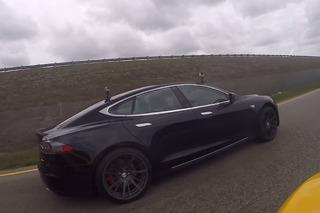 Watch a Tesla P85D Go Up Against a McLaren 650S