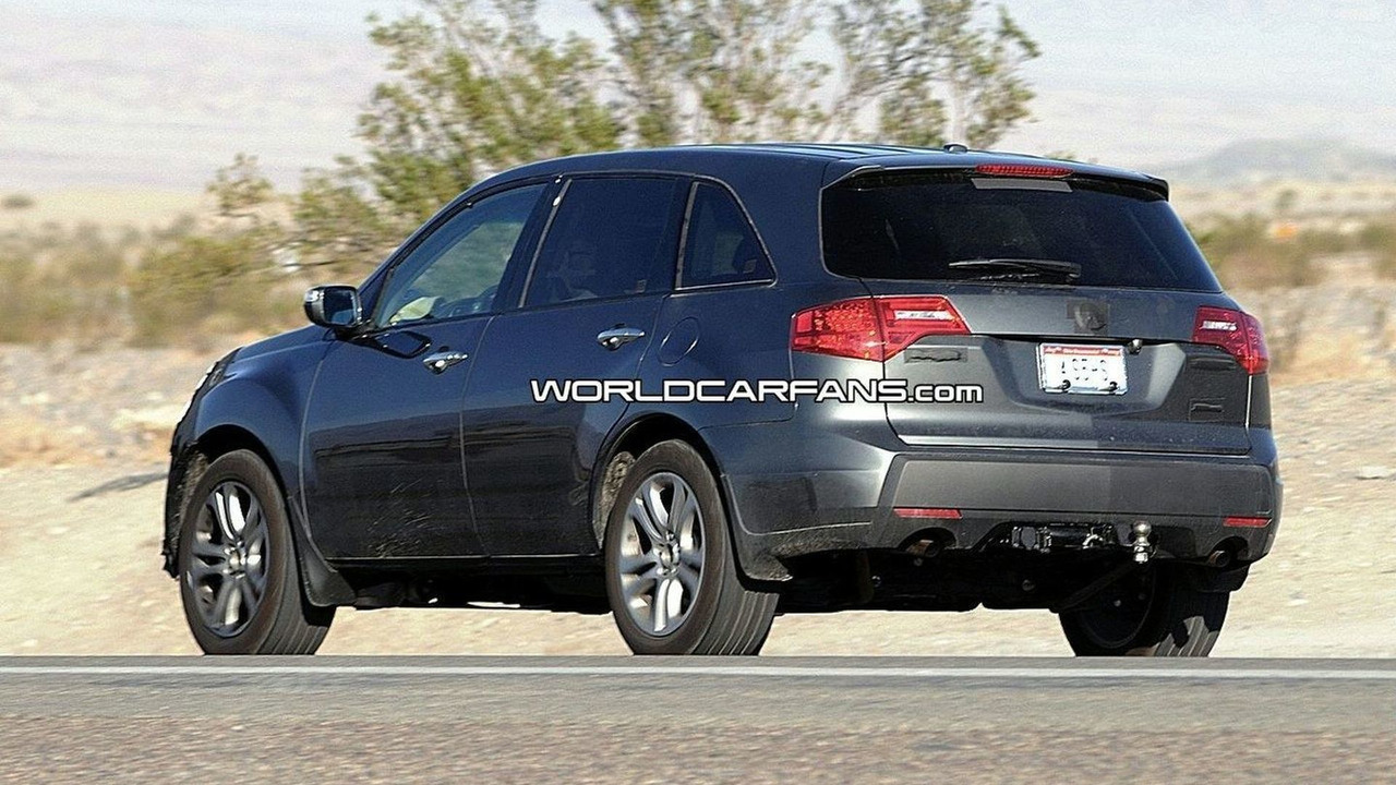 Acura MDX Facelift Spy Photos