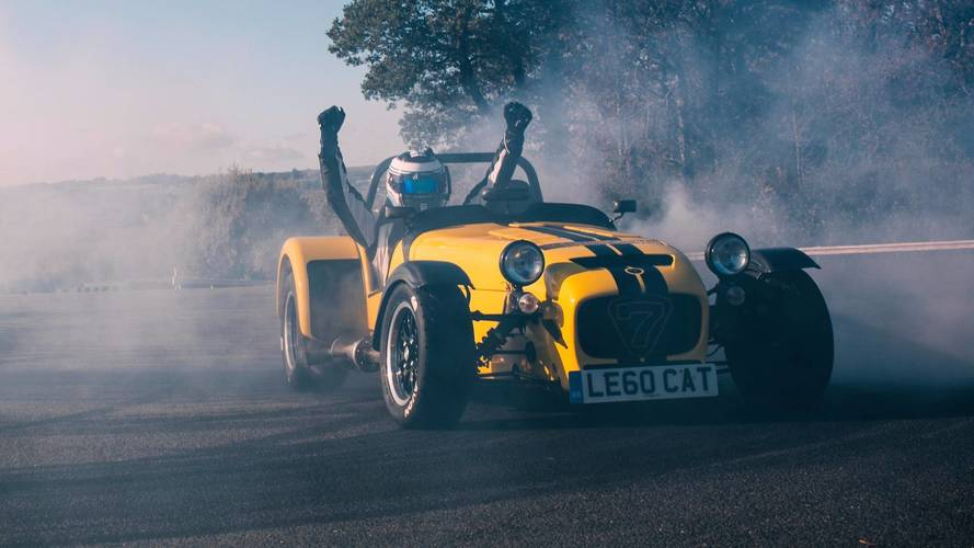 Sir Chris Hoy sets donut record in a Caterham Seven 620R