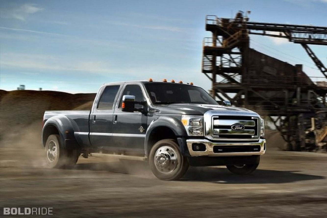 2015 Ford F-450 Claims Best-In-Class Towing By J2807 Standards