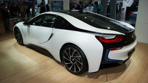 Production ready BMW i8 officially revealed
