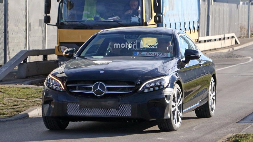 Photos espion Mercedes Classe C Coupé restylée 2018