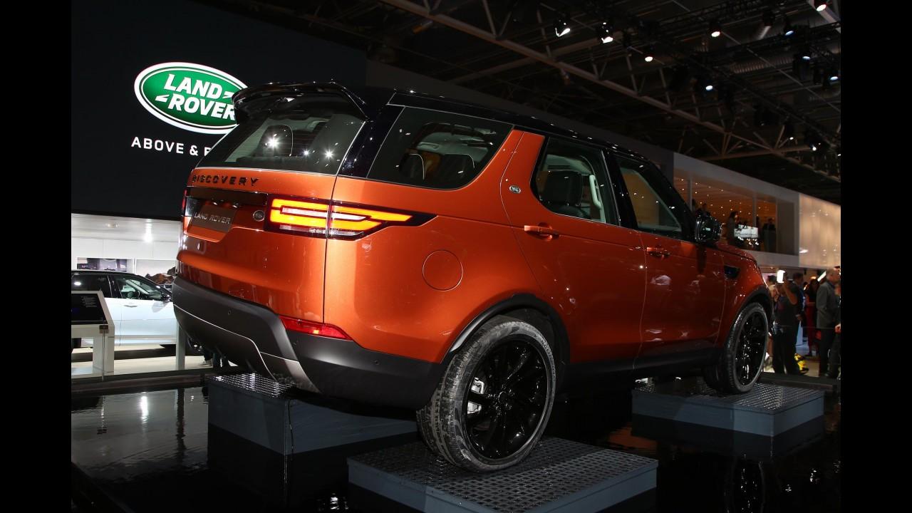"""Paris: Land Rover Discovery 2018 estreia como o """"melhor SUV familiar do mundo"""""""