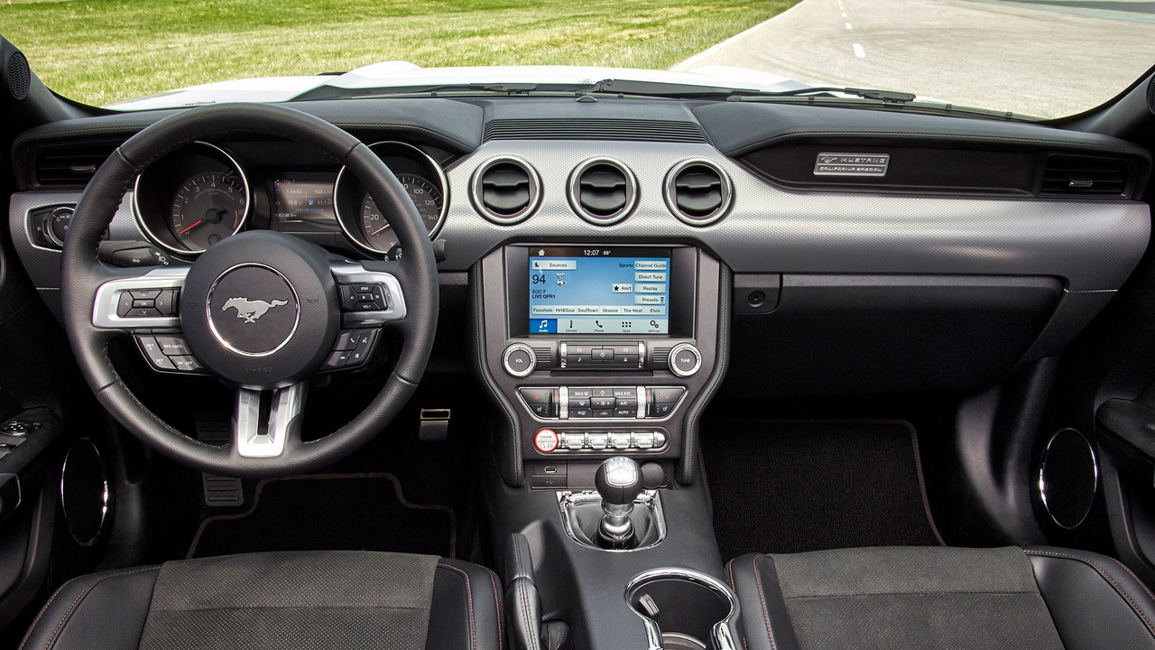 2015-2017 Ford Mustang interior
