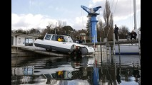 Land Rover Discovery Amphibious Edition