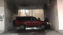 Russian Mitsubishi Pajero impossible K-turn, 600, 09.04.2011
