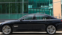 BMW 7-Series M Sport Package - med res