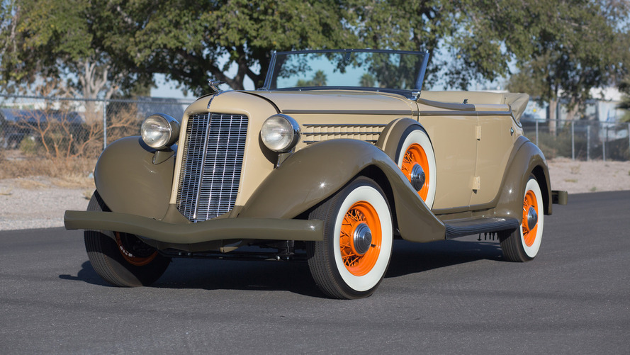 1935 Auburn proves orange and olive make a good color combo