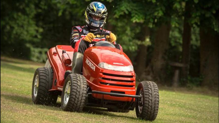 Con Honda si taglia l'erba a 210 km/h!