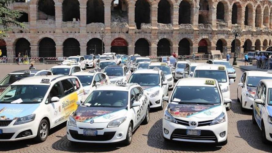 Sciopero taxi, martedì 21 novembre si fermano in tutta Italia