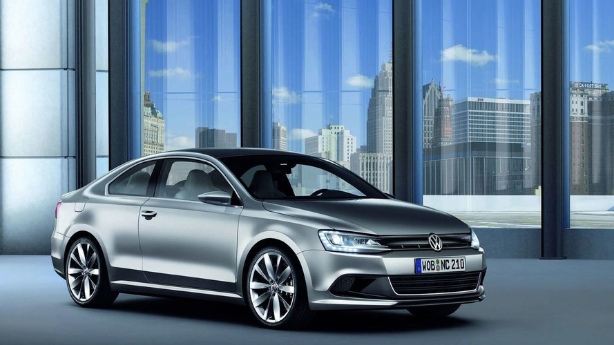 2015 Volkswagen Golf CC set to battle the Mercedes CLA - report