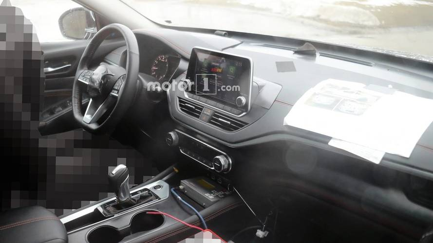 Take A Look At The Inside Of The 2019 Nissan Altima