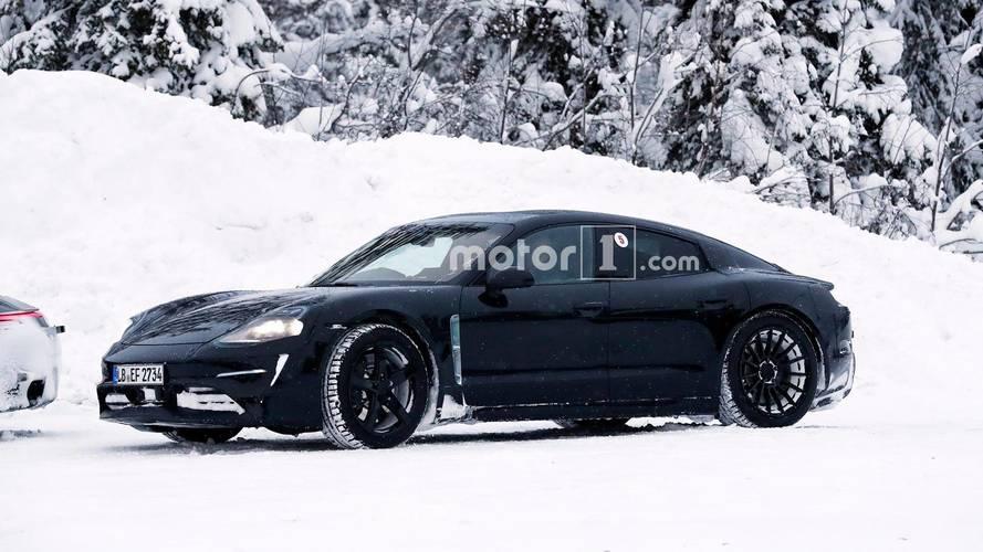 [GÜNCEL] Porsche, Mission E ve 911'i test ederken görüldü