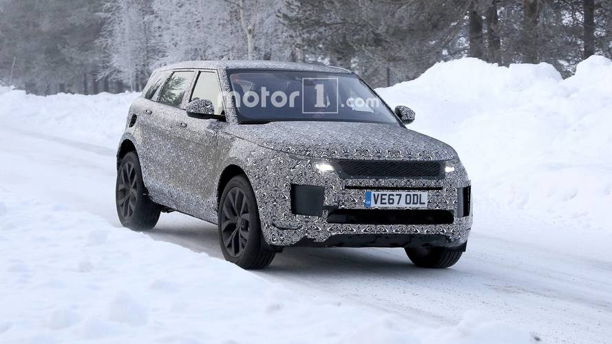 Range Rover Evoque caught with Velar design cues