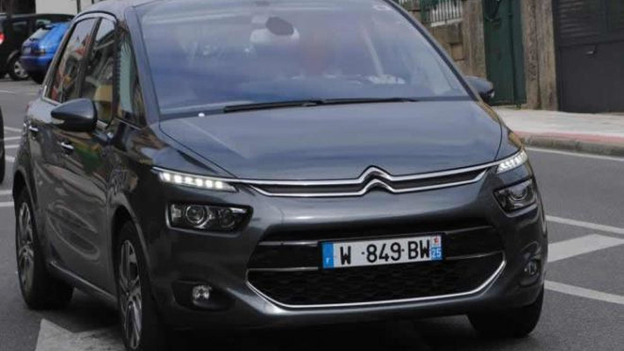 2013 Citroen C4 Picasso shows its bold new face