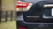 2014 Nissan Pathfinder Hybrid 27.3.2013