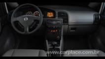Chevrolet lança Zafira com motor 2.0 Flexpower de 140cv - Por dentro só painel muda