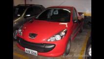 Flagra: Nova Peugeot 207 Pick-up já roda com placas cinzas