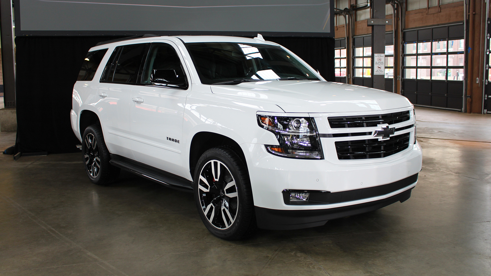 2018 Chevy Tahoe RST Will Do 0-60 In 5.7 Seconds