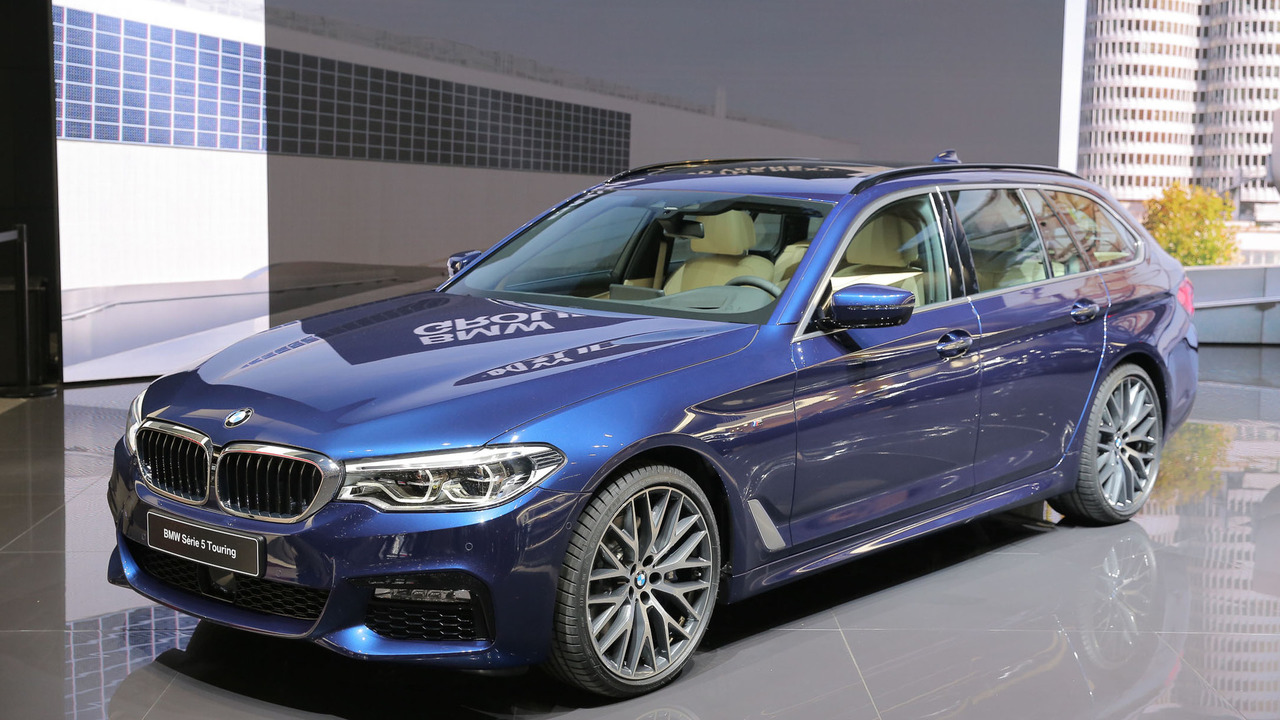 2017 bmw 5 series touring wants to be the ultimate family hauler. Black Bedroom Furniture Sets. Home Design Ideas
