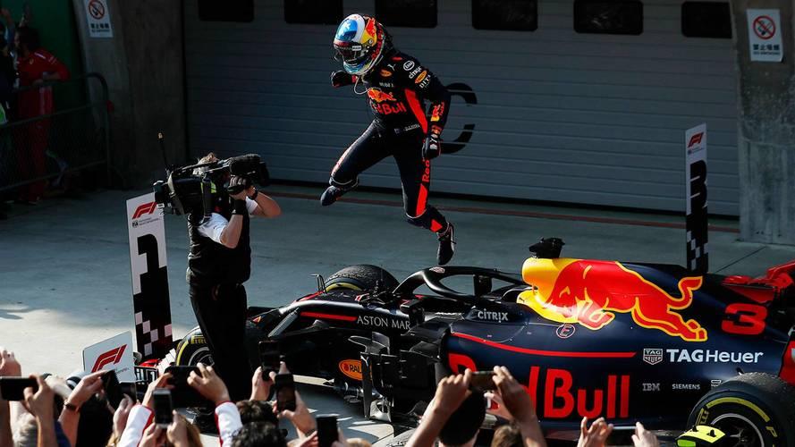F1 - Ricciardo aproveita estratégia perfeita e vence GP da China