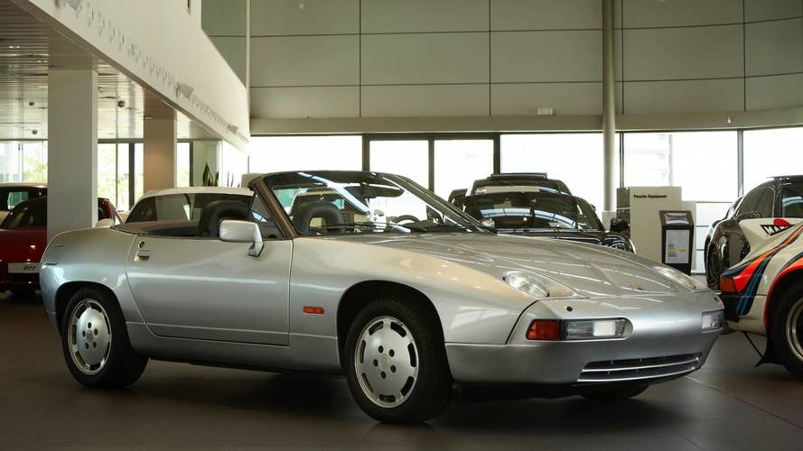 Coches clásicos del Centro Porsche Madrid Norte