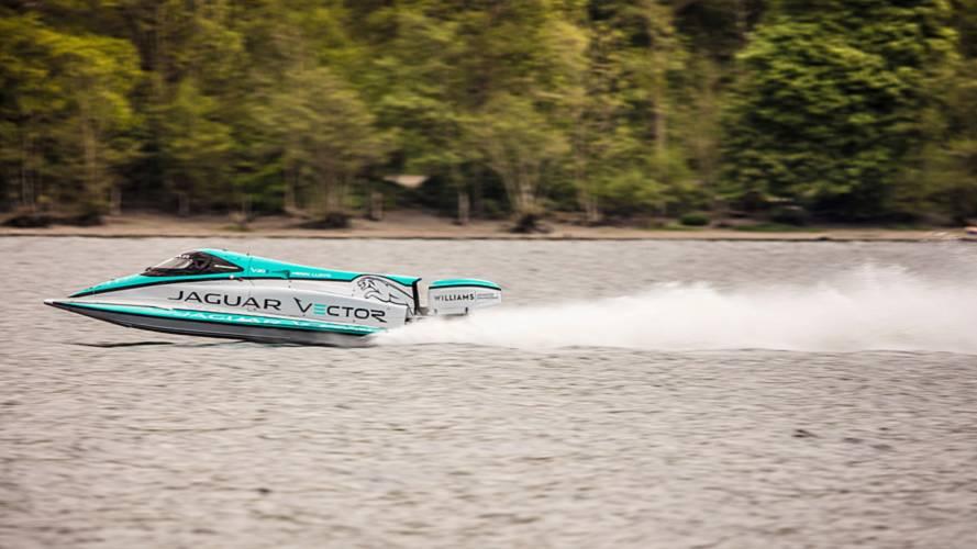 Un bateau Jaguar Vector Racing V20E s'offre un nouveau record de vitesse