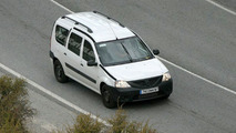 SPY PHOTOS: Dacia Logan Estate