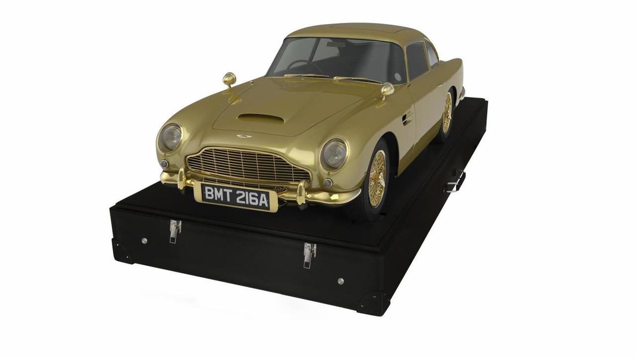 Unique gold Aston Martin DB5