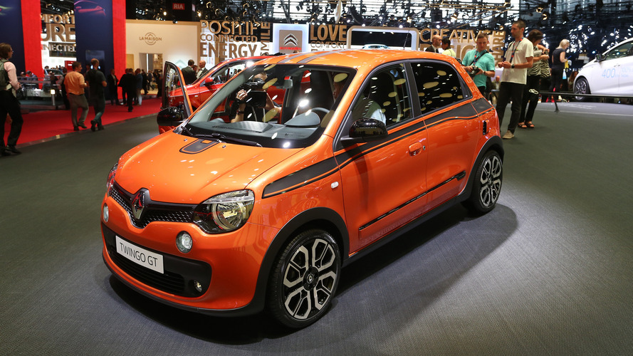 renault twingo gt in paris proves good things come in small packages. Black Bedroom Furniture Sets. Home Design Ideas