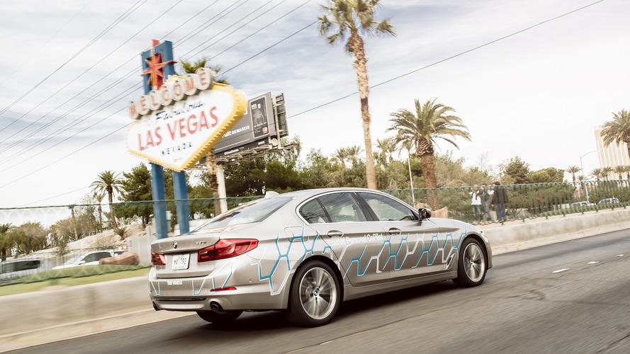 BMW, otonom bir 5 Serisi modeli üretti