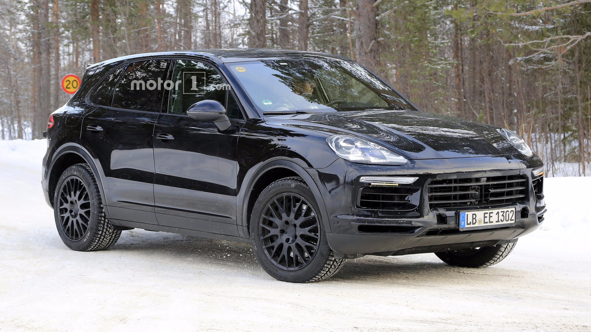 2019 Porsche Cayenne Spied With Very Little Disguise