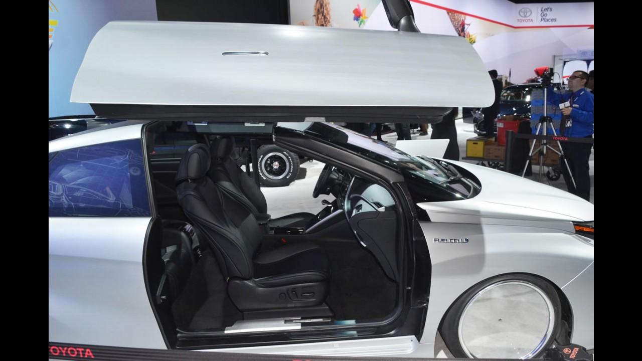 Toyota mostra Mirai