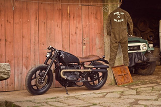 Ton up Garage Sets the Bar for the Café Racer