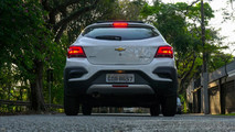 Comparativo JAC T40 x Chevrolet Onix Activ