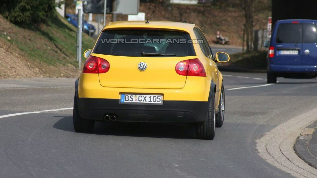 VW Golf V test mule spy photo for Bluesport roadster