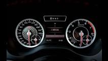 Volta rápida: A 45 AMG e CLA 45 AMG abordam desempenho de maneiras distintas