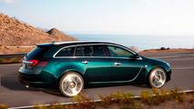 Opel insignia sports tourer verde