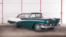 Lot 38 - 1957 Météor Rideau 500 4 Door Sedan