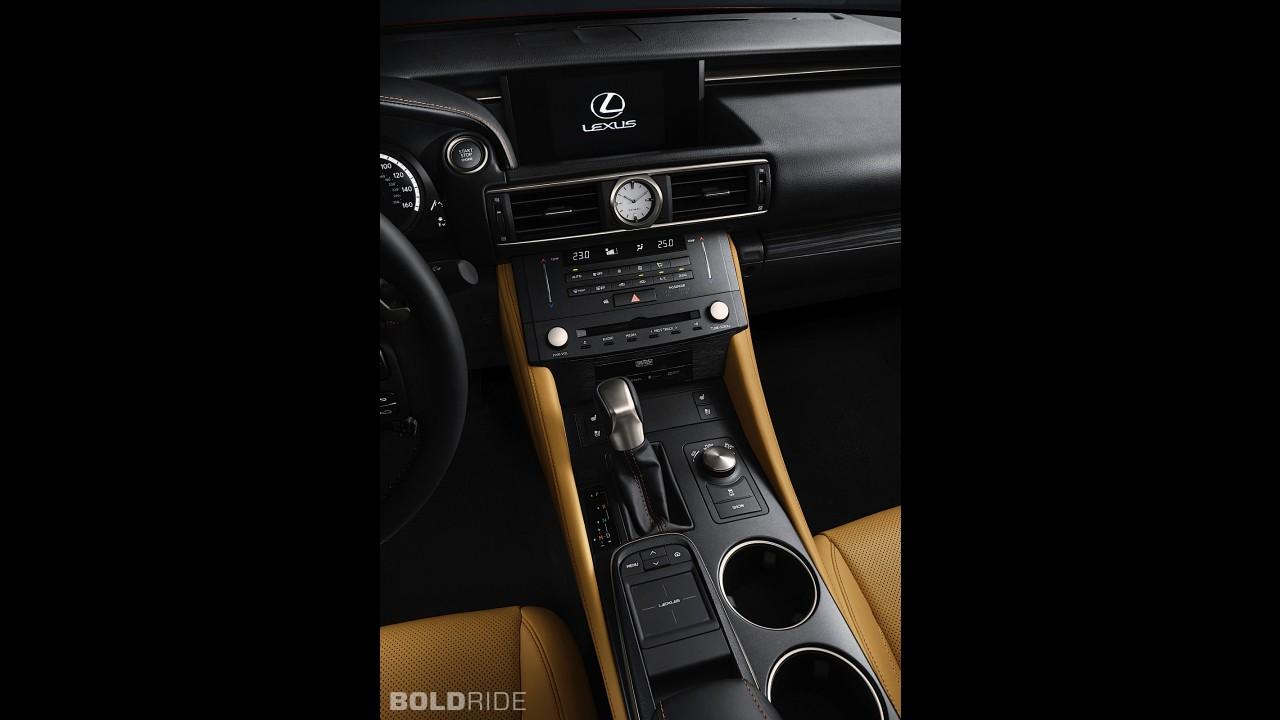 Lexus RC Coupe