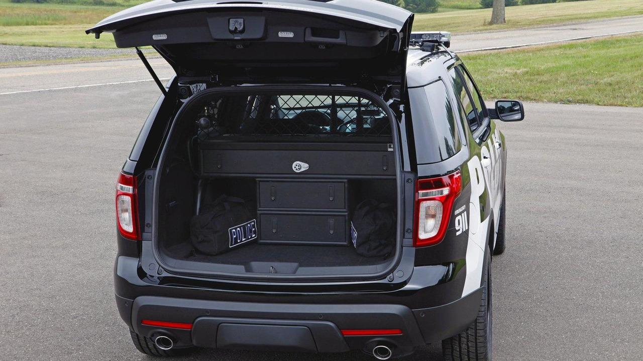 Ford explorer police interceptor utility vehicle 01 09 2010